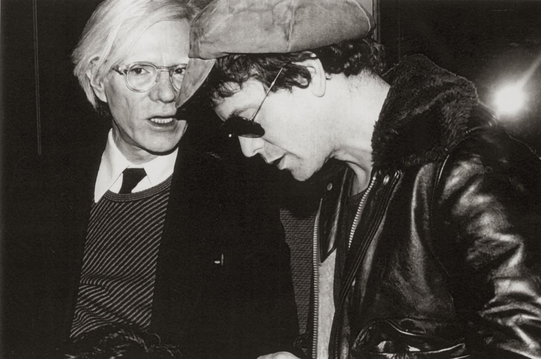 In alto: Maria Rohm in «Venus in furs», 1969; a sx, Lou Reed ritratto da Andy Warhol, con lui nella foto qui sopra